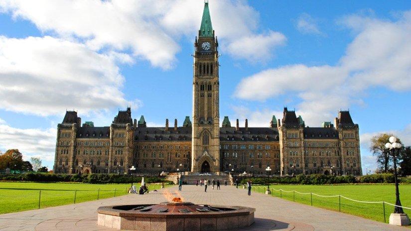 Centennial-Flame-Parliament-Hill